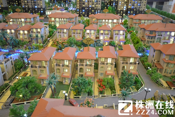 资讯详情页  与此同时,九八·缔景城别墅项目还设计了一套360度看房